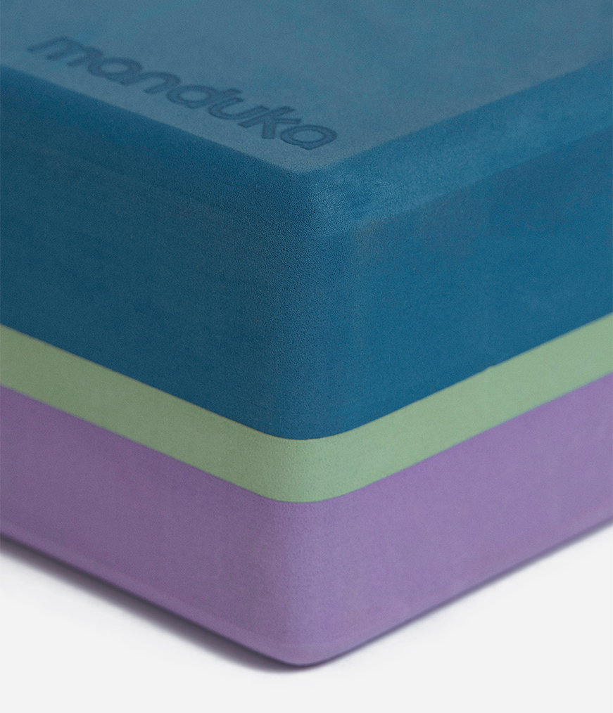 Manduka recycled Yoga Block . Maledive 3 Farbig from Nice to meet me