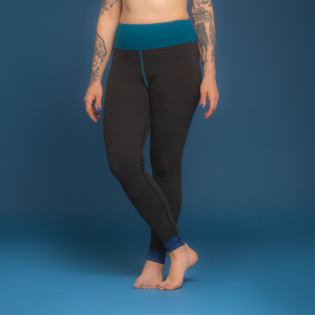 Essential Legging . Biobaumwolle . Color Block Agua